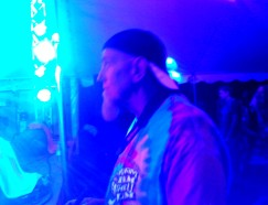 Jimmy C. mesmerized by Grover's set - Miami Valley Music Fest 2015
